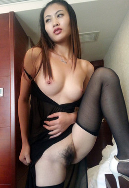 Skinny chinese slut with nice titties..