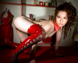 Sexy asian babe Yui Tatsumi in red..